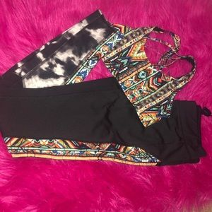 Mossimo Exercise set with tribal print details.